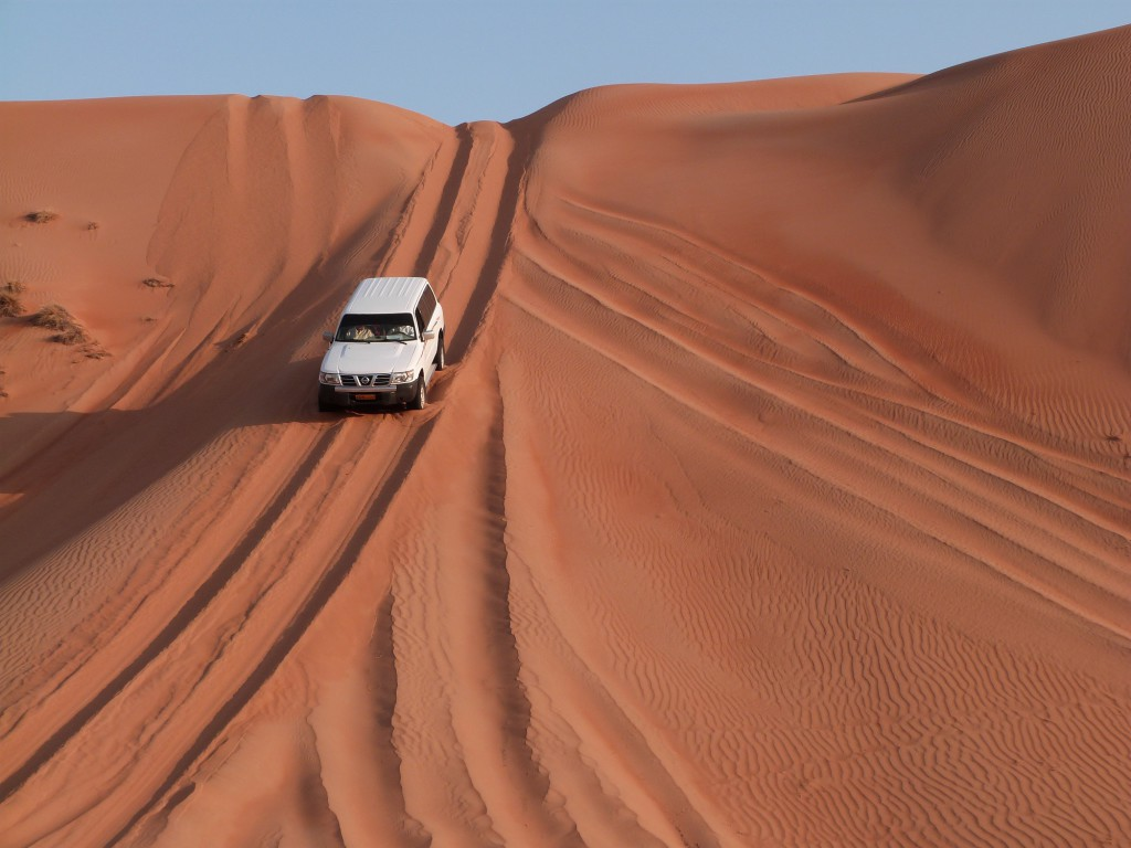 Dune bashing - Wahiba Sands